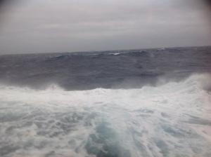 Frisk vejr ud for Island - billedet er taget fra Dæk 3