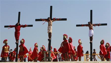To match Reuters Life! PHILIPPINES-CRUCIFIXIONS/